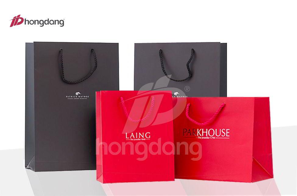 Quảng cáo thương hiệu bằng việc in túi giấy đựng sản phẩm