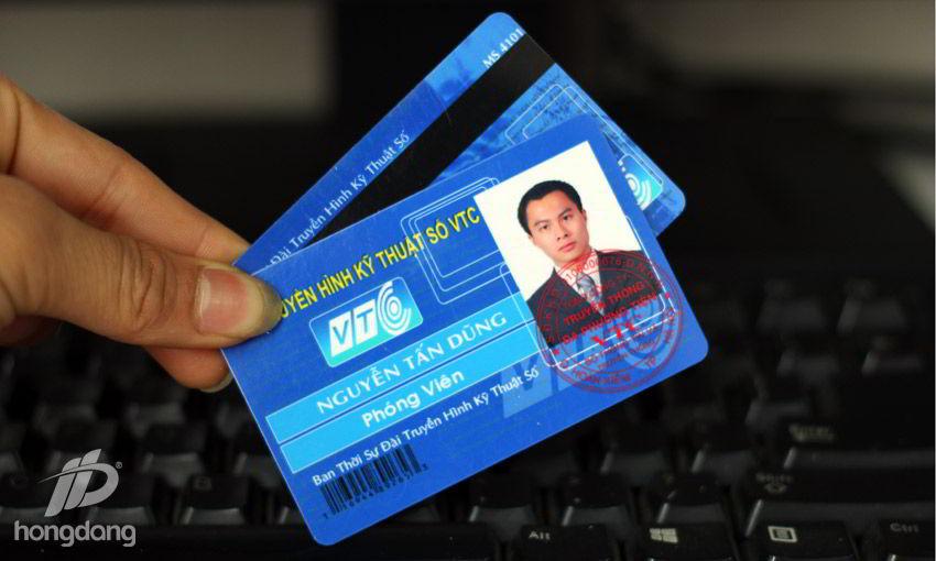 In thẻ nhân viên số lượng lớn ở đâu tốt ?