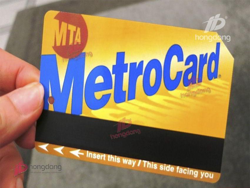 Tại sao ta nên in vé xe bằng thẻ nhựa?