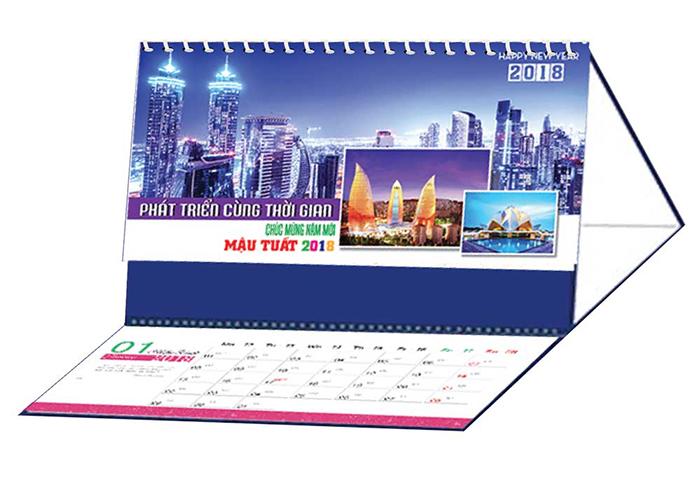 Mẫu lịch bàn đẹp cho tết 2018
