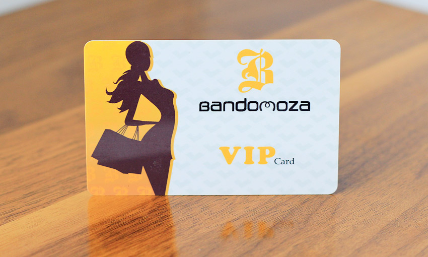 In thẻ VIP theo phong cách hiện đại