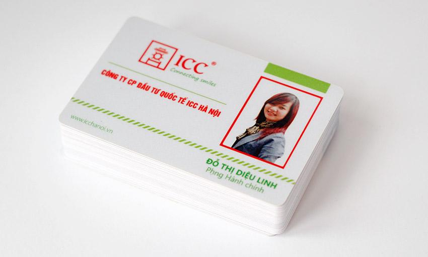 Mẫu thẻ nhân viên